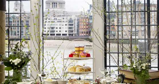 Globe afternoon tea