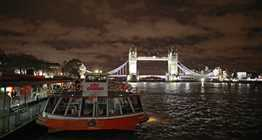 London Showboat Dinner Cruise with City Cruises