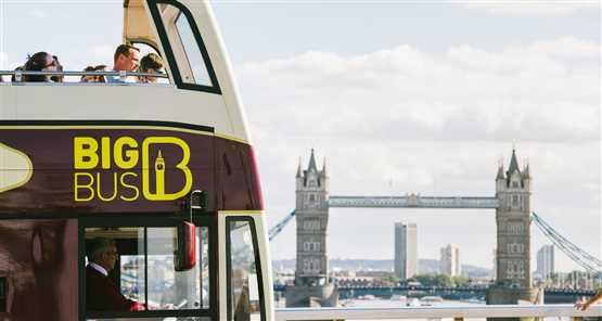 sightseeing bus london